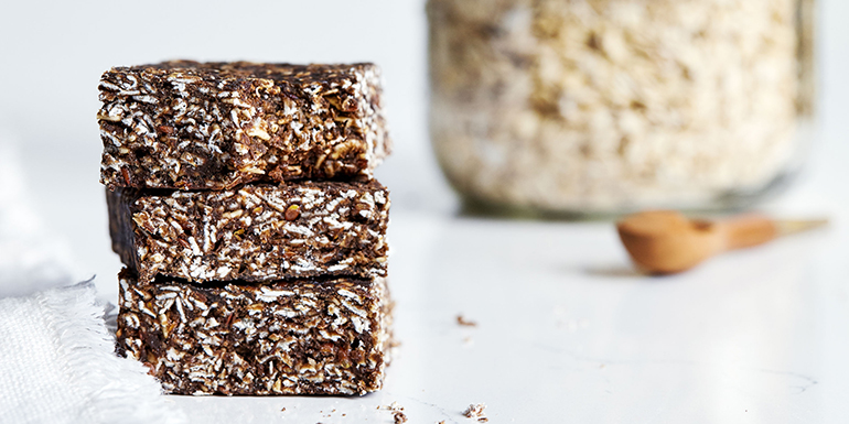 No Bake Oatmeal Protein Bars