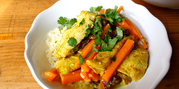 Curried-Chicken-with-Couscous_hmumdj